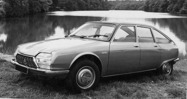 Une GS Birotor, reconnaissable à son pavillon en vinyle, ses passages de roues élargis et à ses roues de CX