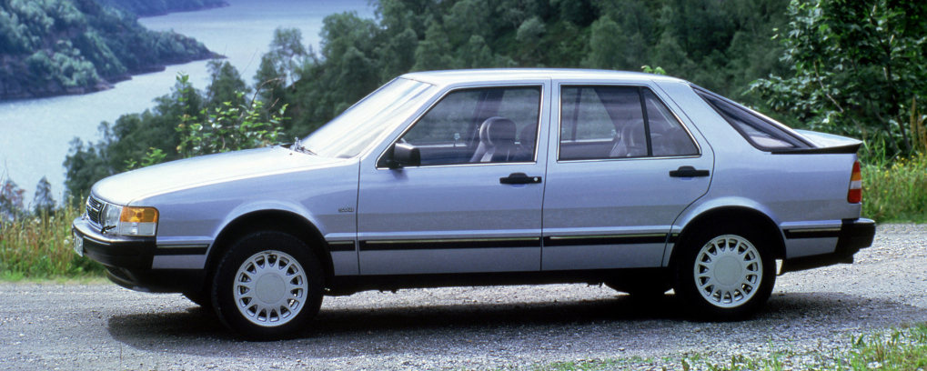 SAAB 9000 Turbo 16 – L'excellence scandinave